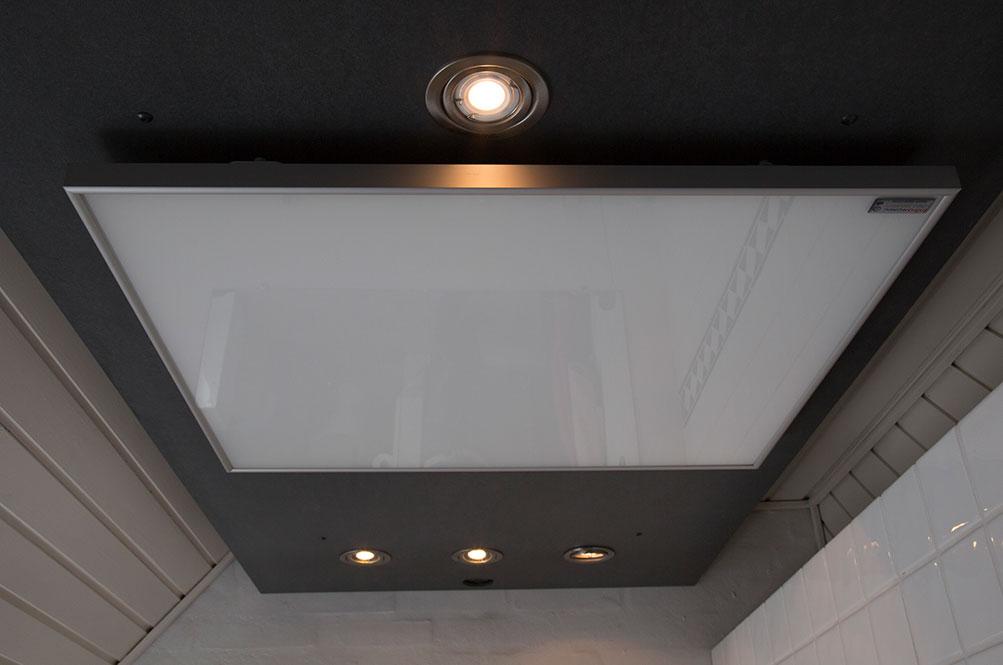 Varmepanel i taket, lite synlig